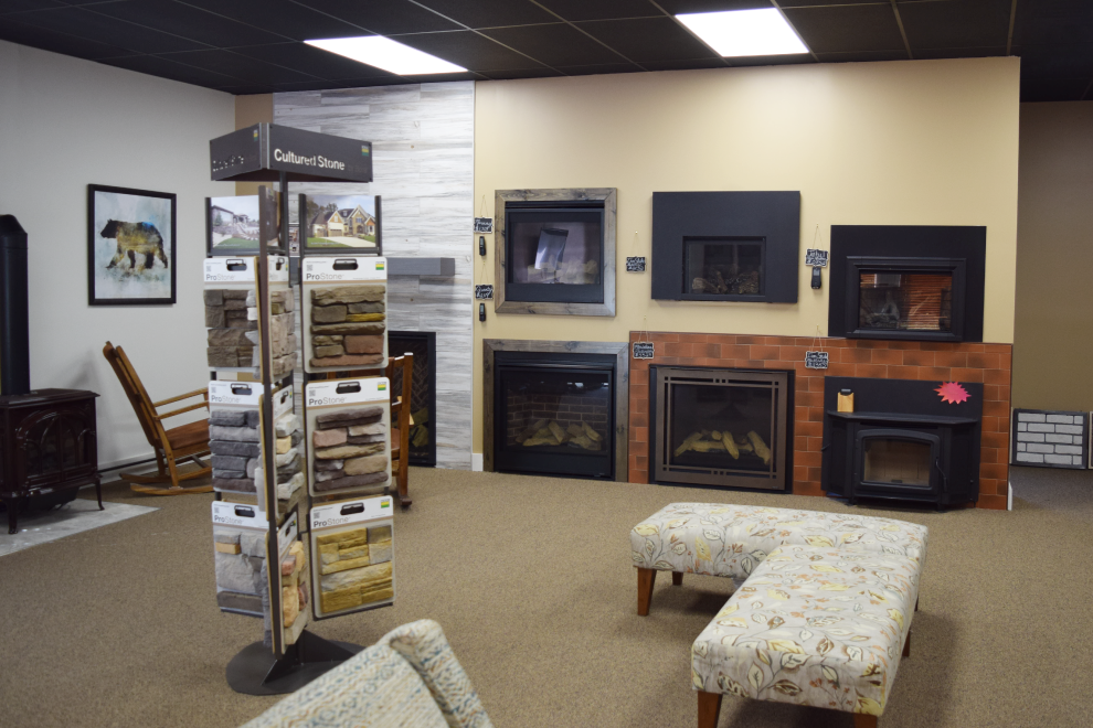 Large-Showroom_Fireplace-Products
