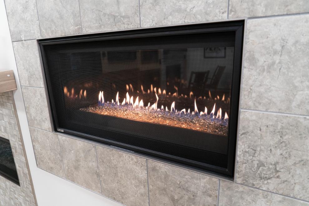 Modern-Fireplace_Fireplace-Insert